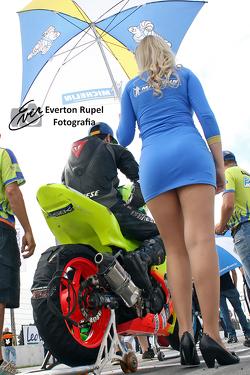 Grid girl , Moto 1000 GP championship