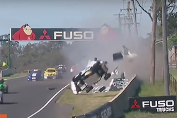 Damien Flack crashes at Bathurst