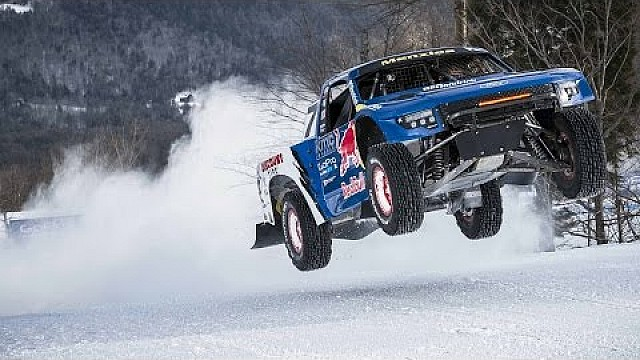 Pro-4 Truck Ride-along w/ Bryce Menzies - Red Bull Frozen Rush 2015