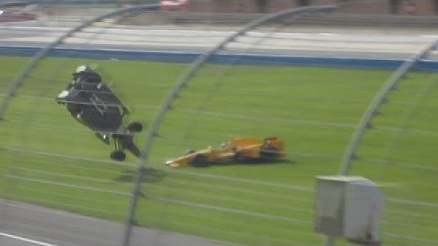 Video de un fan del vuelo de Ryan Briscoe en Fontana