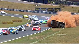 Huge crash of Pedro Piquet at the Porsche GT3 Cup race in Goiânia
