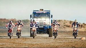 Equipo Alas del Desierto Red Bull Line-Up | Dakar 2015