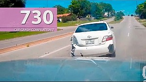 Car Crash Compilation # 730 - May 2016