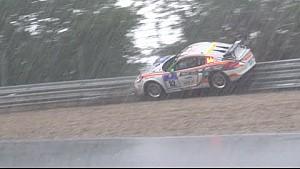 24h Nürburgring: Caos en Regen