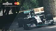 F1 yıldızı Rosberg Goodwood'da tek elle donut yaptı!