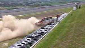 Bathurst: Unfall von Scott Pye