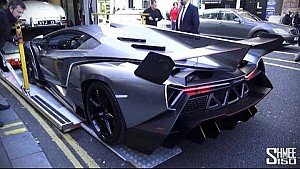 Lamborghini Veneno Noel için Londra'da
