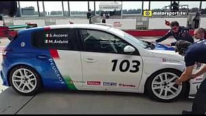 L'esordio di Stefano Accorsi nel campionato TCR Italia