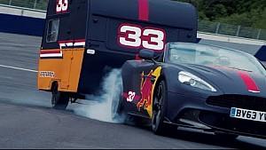 Max Verstappen e Daniel Ricciardo in gara con le roulotte