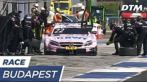 Confusion during Auer's Pit Stop - DTM Budapest 2017