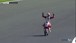 Nakagami menangi #Moto2 silverstone