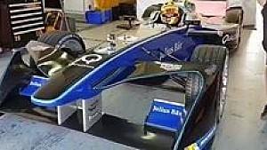 Rio Haryanto - Tes Formula E Valencia - Keluar Garasi
