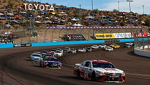 Phoenix raceway: Elimination race scanner sounds